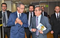 Presidente da Ebserh ataca servidores do regime jurídico único (RJUs)
