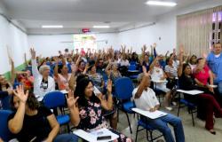 Vídeo: Trabalhadores do HUJM suspendem greve