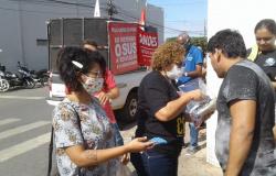 Ação distribui máscaras a população cuiabana