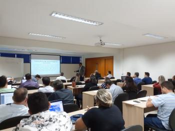 Curso sobre ICMS e Reforma Tributária reúne contadores em Cuiabá