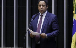 Câmara aprova MP que altera regras trabalhistas durante pandemia