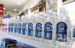 Procon notifica 20 farmácias por preço abusivo de álcool gel