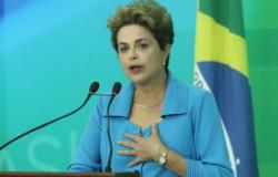 """""""Impeachment foi para tentar interromper investigações"""", diz Dilma"""