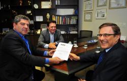TRANSPARÊNCIA    Assembleia Legislativa recebe prestação de contas do TCE