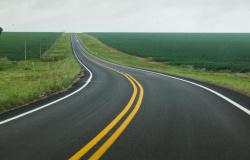 Com recursos Fethab, Sinfra revitaliza 60 km da estrada entre Chapada e Campo Verde
