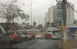 Trânsito de Cuiabá tem 16 colisões em menos de uma hora