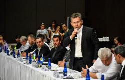 Governador assina protocolo que prevê ações integradas no setor do agronegócio