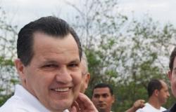 Ex-governador de MT que passou 2 anos preso é autorizado a viajar para casamento da filha em SP