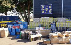 PRF apreende em MT bebidas alcoólicas e eletrônicos contrabandeados do Paraguai