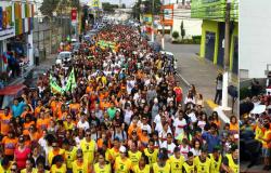 Marcha para Jesus reúne milhares de fiéis e artistas gospel, em Várzea Grande