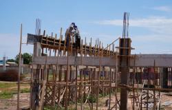 Seduc retoma obra de construção de escola no Pedra 90 em Cuiabá
