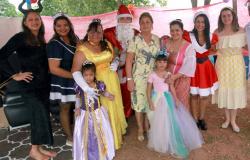 """Projeto """"Magia do Natal"""" distribuiu brinquedos para crianças que são atendidas no PSF do Unipark"""