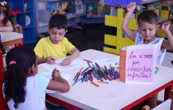 Colônia de férias gratuita é realizada na Biblioteca Pública de Cuiabá