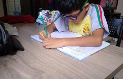Educação elabora material pedagógico para alunos durante período de isolamento social