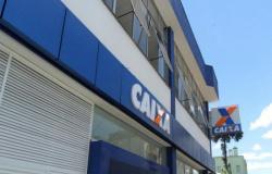 Polícia Federal prende dupla flagrada com dispositivo conhecido como 'chupa-cabra' em agência bancária de Cuiabá