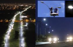 Serviços Públicos intensifica ações de Iluminação pública nos bairros da cidade