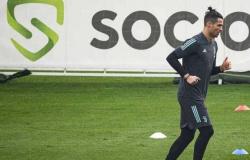 Cristiano Ronaldo chega no CT com quatro horas de antecedência