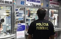 PF faz operação contra fraudes em auxílio emergencial em SP e CE