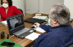 """""""Ações técnicas conjuntas são o melhor remédio para conter o avanço do Covid-19"""", reafirma secretário em videoconferência"""