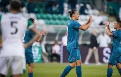 Ibrahimovic testa positivo para Covid-19 e não joga pela Liga Europa
