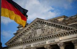 Ligado à extrema-direita, chefe da inteligência alemã perde cargo