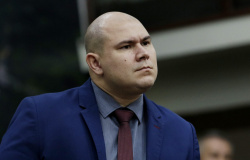 Ex-secretária rebate agressões de Abílio e diz que fala desrespeita as mulheres e fortalece cultura de violência doméstica