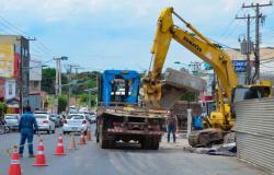 Empresas começam a preparar a retirar dos escombros e estruturas comprometidas com o incêndio da Realmat, Ciclo Ribeiro e lotérica