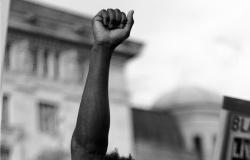 Câmara analisará discriminação racial e sexual como agravantes em qualquer crime