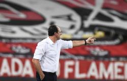 Derrota aumenta insatisfação com erros do Flamengo, e Ceni conversa com cúpula do futebol no Maracanã