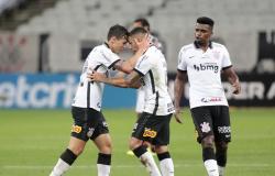 """Análise: com """"Mancinismo"""", Corinthians encorpa na hora H e cresce coletiva e individualmente"""
