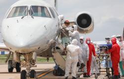 Amazonas transfere 21 pacientes com Covid para outros estados; previsão é levar mais de 200