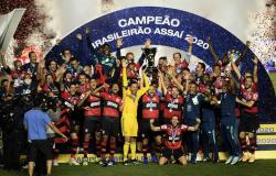 Análise: mesmo atípico, bi brasileiro eleva atual geração do Flamengo a novo patamar na história do clube