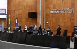 AL aprova projeto que institui multa a quem desrespeitar restrições contra a Covid-19