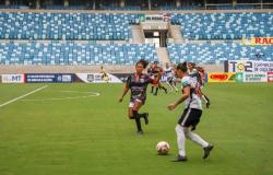Arena Pantanal é palco de campeonato de futebol feminino no dia da mulher
