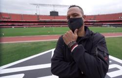 Luis Fabiano testa positivo para Covid-19 e é internado em hospital de São Paulo