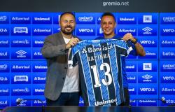 Rafinha revela papo, torce por nova dupla com Douglas Costa no Grêmio e quer ajudar Vanderson