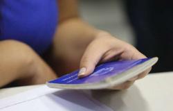 Taxa de desemprego sobe para 14,2% no trimestre até janeiro, aponta IBGE