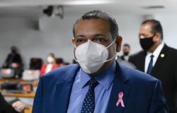 STF: Ministro Nunes Marques libera cultos e missas em todo o país