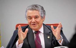 """Marco Aurélio critica Nunes Marques: """"Não sabia que era tão religioso"""""""