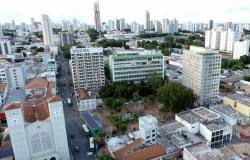 Novo decreto amplia horário de conveniências de postos de combustíveis em Cuiabá