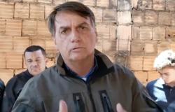 """Bolsonaro chama Doria de """"patife"""" e diz que governador quer quebrar o país"""