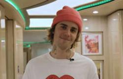 Justin Bieber mostra ônibus que usa para fazer turnês - que conta até com sauna - e impressiona fãs: Um apartamento de luxo sobre rodas