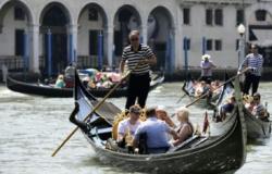 Máfia italiana fatura 2 bilhões de euros com infiltração no turismo