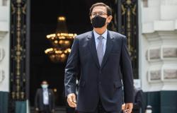 Ex-presidente peruano que se vacinou de forma polêmica contrai Covid