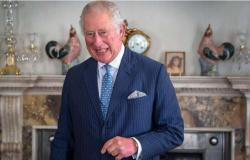 Príncipe Charles quer 'cortar gastos da monarquia' quando for rei