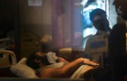 Índia registra 400 mil casos de Covid em 24 horas, novo recorde mundial