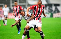 São Paulo sai na frente, Corinthians vira, mas Tricolor busca empate nos acréscimos