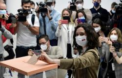 Madri vai às urnas em eleição regional de importância vital para o cenário nacional