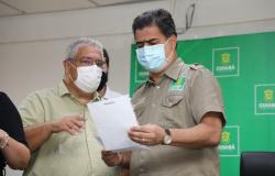 """Vanderlúcio comemora inclusão de trabalhadores da limpeza na vacinação: """"Ato de sensibilidade e humanização"""""""