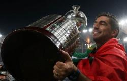 Cumprindo discurso de 'juntar títulos', Abel Ferreira completa 6 meses no Palmeiras